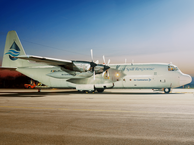 Lockheed L 100 for Cargo Charter