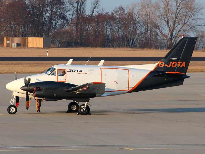 Beech 90 for Cargo Charter